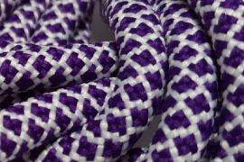 Biała siatka fioletowe kwadraciki